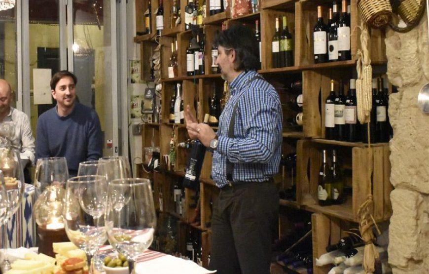Cata de Vinos en el Casco antiguo de Palma Mallorca. A las 8 de la tarde