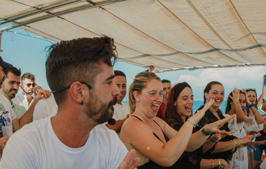 Fiesta en Barco - Catamarán - 2 salidas. De 12 a 3. Y de 4 a 7 de la tarde