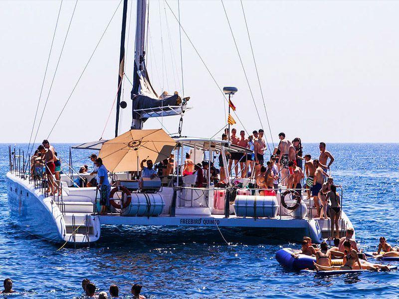 14.30h Excursión en Barco - Fiesta - Lloret de Mar